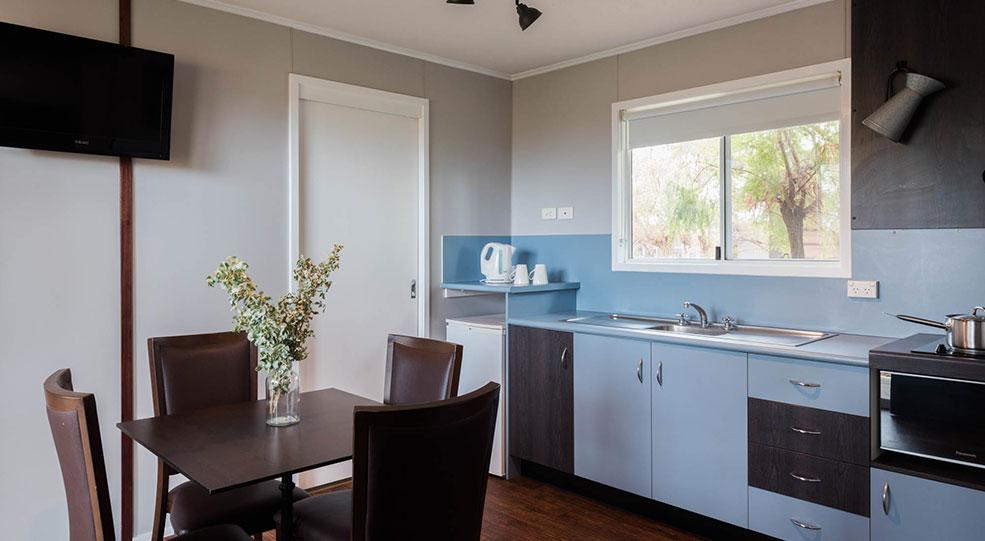 outback cabin kitchen at saltbush retreat