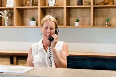 receptionist at saltbush retreat